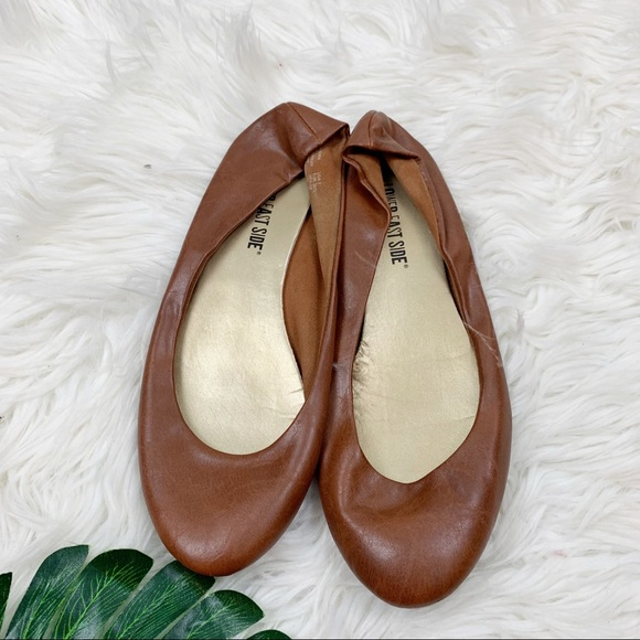 LOWER EAST SIDE Shoes - Lower East Side Tan Faux Leather Ballet Flats 7